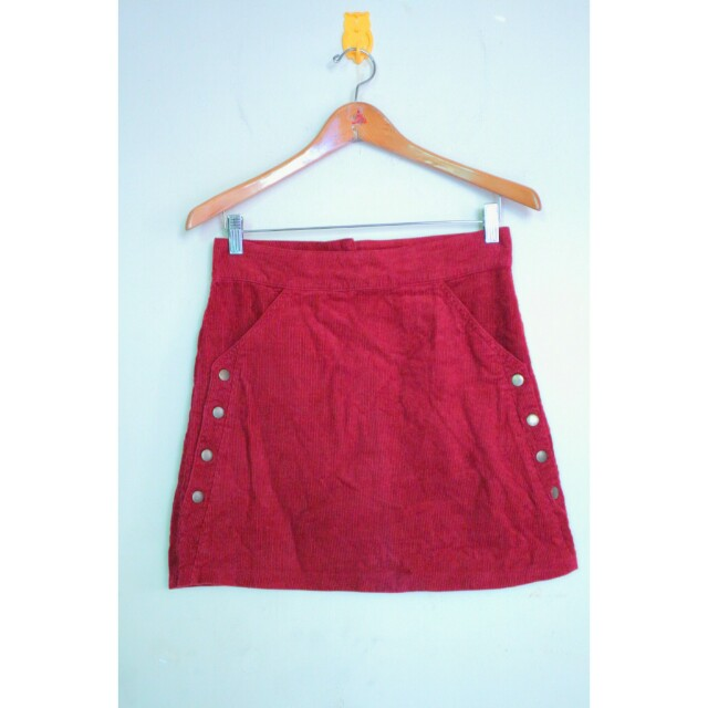 Maroon cordoray skirt