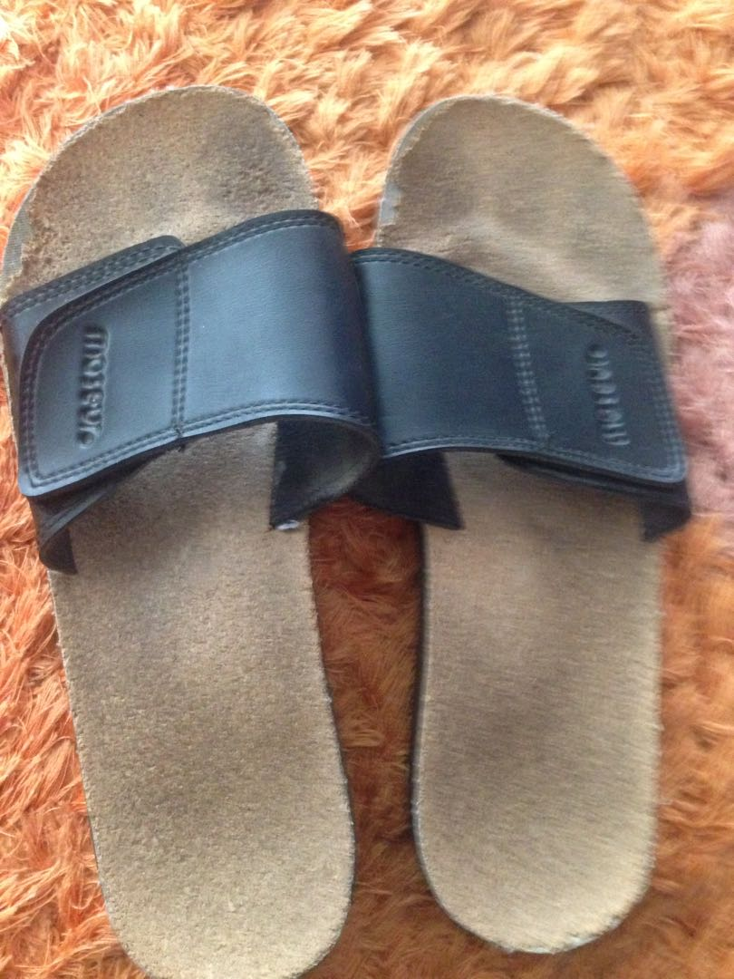bdbe422763358 MASEUR MASSAGE GENTLE SANDAL
