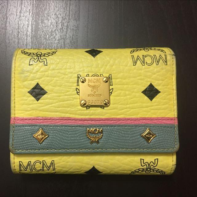 MCM brand wallet (Authentic)