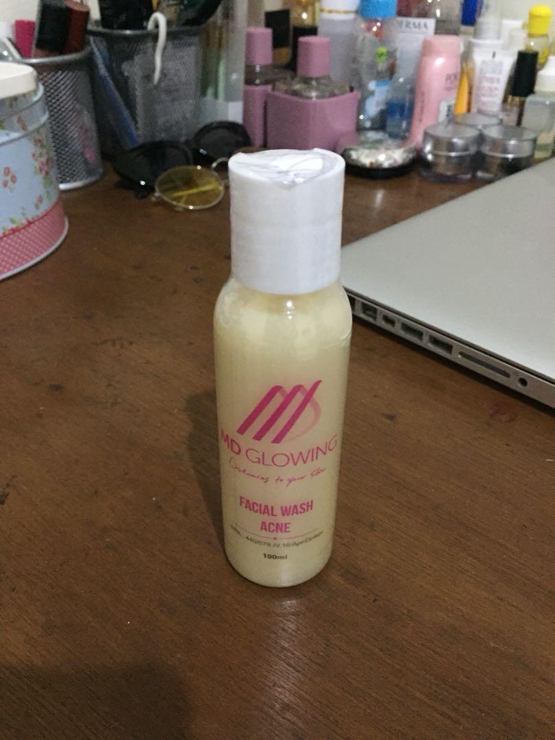 Md glowing facial wash acne