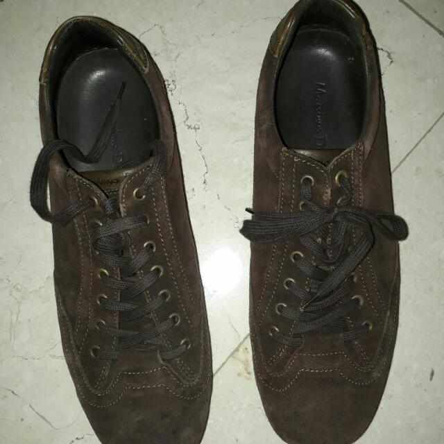 Mossimo Dutti shoe authentic..