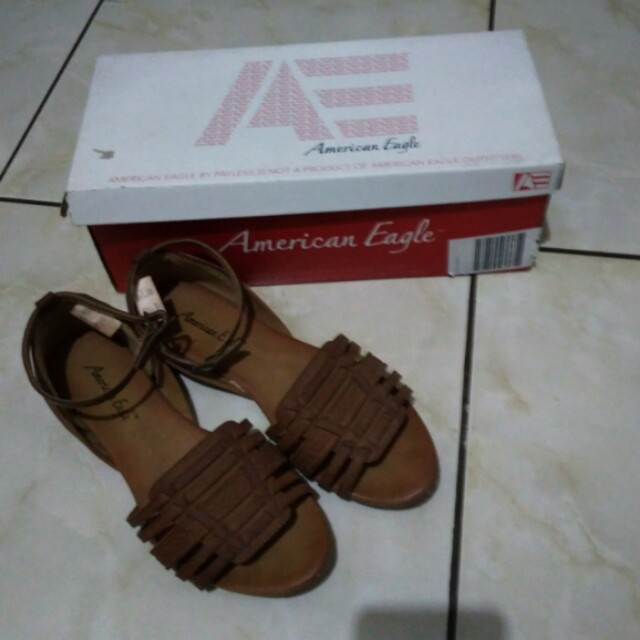 (NEGO) Payless/ american eagle