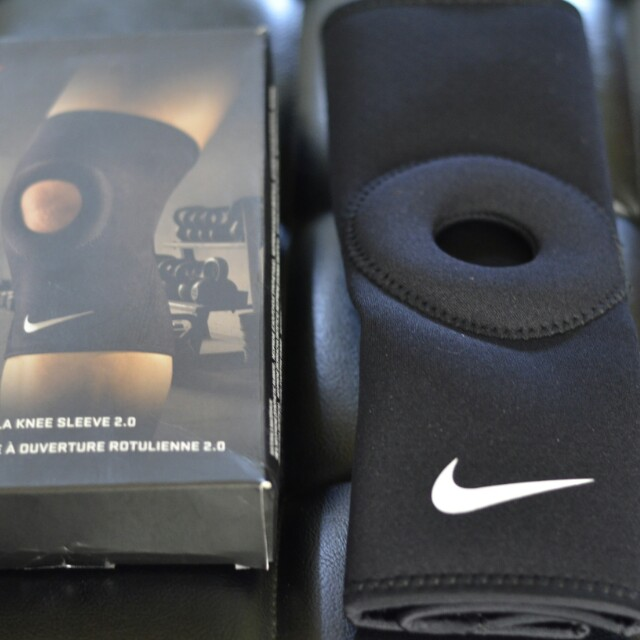4b175375e7 Nike PRO Combat Open Patella Knee Sleeve 2.0, Sports, Athletic ...