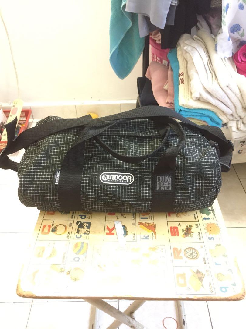 Outdoor sling bag