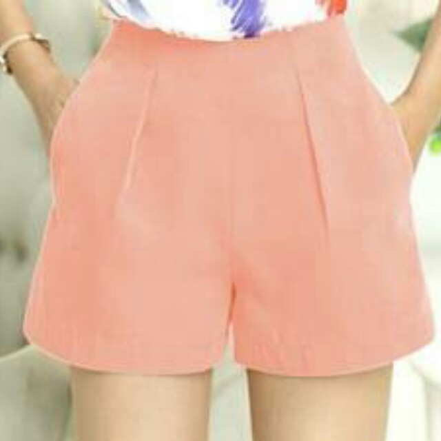 peach highwaisted short