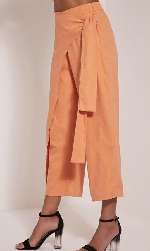 Pretty little thing pastel orange culottes. Brand new with tag