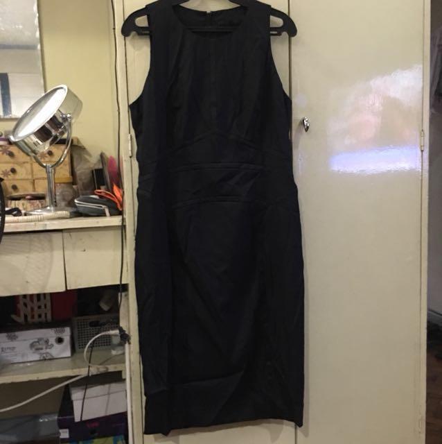 REPRICED ! Authentic BOSS Black sleeveless dress