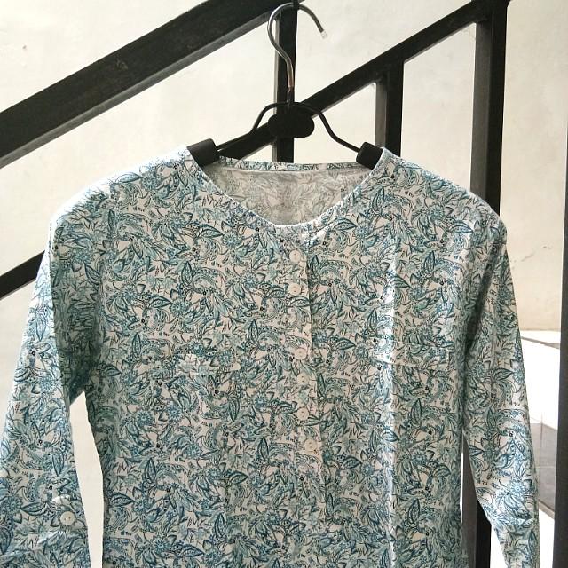 Soft blue white batik blouse premium