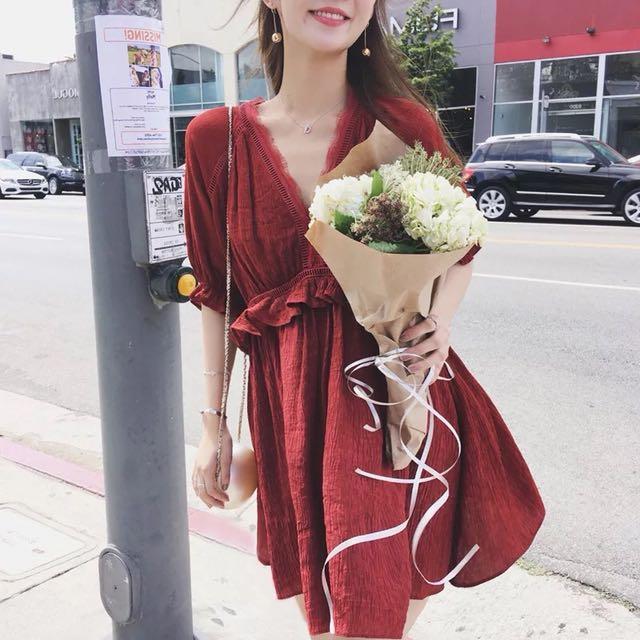 韓版渡假風夏季V領短袖縷空雪紡連身裙洋裝短裙