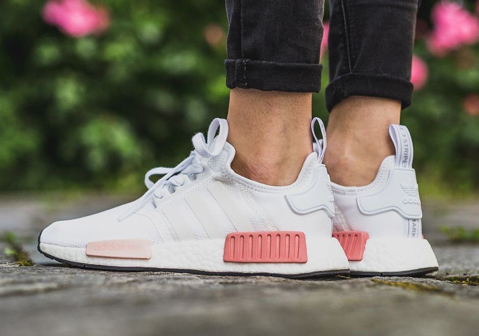 save off 80027 5f652 White Icey Pink Adidas Nmd R1