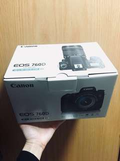 Polaroid Camera Canon EOS 760D