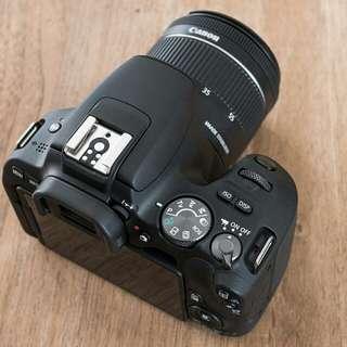 Canon 200D