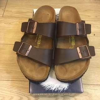 Birkenstock 皮革拖鞋 咖啡色