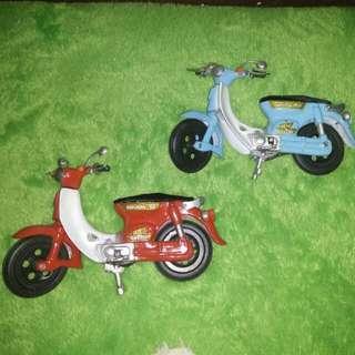 Miniatur Honda Bebek