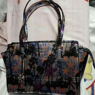 Guess Medium Handbag