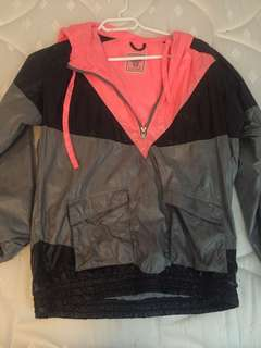 Tna windbreaker size small