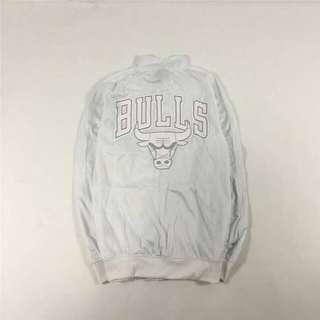 公牛隊復古大logo印花古著薄外套 白色 夏天可穿