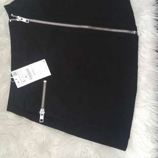 NEW* Zara black zip mini skirt