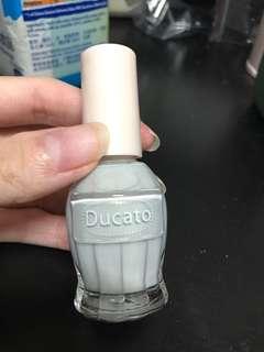 Ducato 灰色指甲油