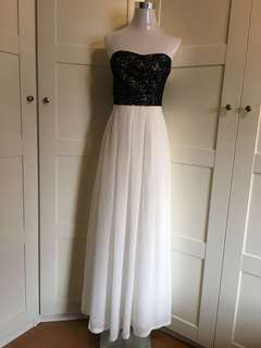 Tube gown/ tube Long dress / tube maxi dress/ lace bustier maxi dress/ prom dress/ evening gown/ photoshoot/ wedding / white gown/ white dress/ dress