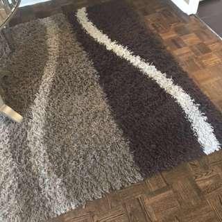 Carpet with natural colour mix