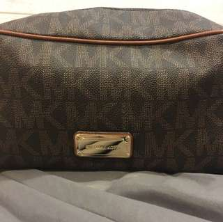 Micheal Kors toileries weekend travel pouch