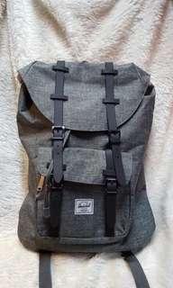 Herschel Little America Backpack 🎒