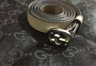 Authentic Gucci GG interlocking thin leather belt