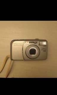 Yashica zoomate 115 film camera