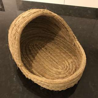 Rabbit / small cat crib basket