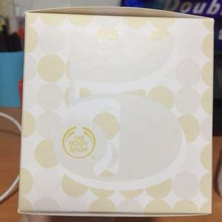 Shower Cream and Bath Sponge from Body Shop