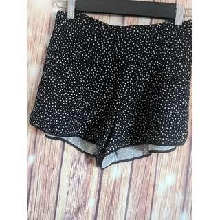 Wlfred sz 2 black white polka dot silky flounce shorts