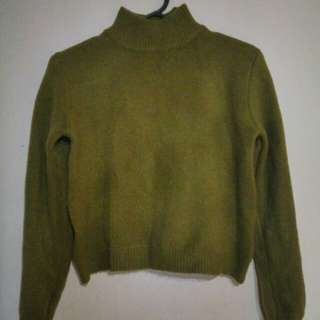 抹茶綠厚針織毛衣