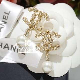 Gold Pearl Dangling Drop Earrings