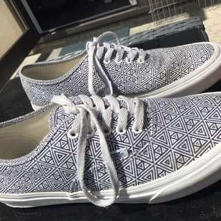 Vans/shoes