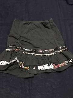 Pencil type skirt with ruffled bottom