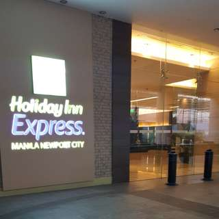 Holiday Inn express Hotel Accommodation