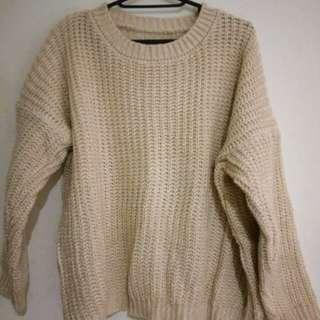 米白粗針織毛衣