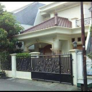 Rumah mewah strategis di Rawamangun
