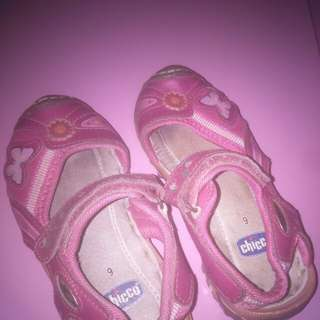 Chicco pink shoes