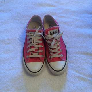 Converse Low Tops!!