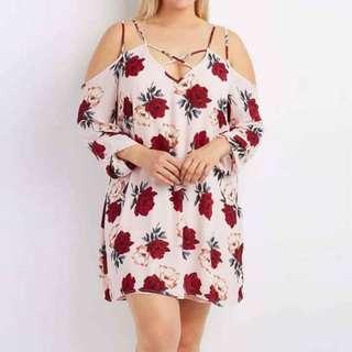 Plus size floral dress (#gfl)