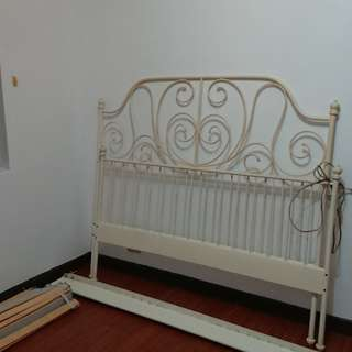 IKEA 古典床架 米白色