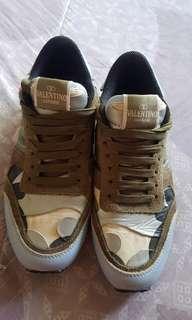 VALENTINO Rock stud sneakers