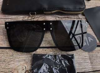 HIDDEN HILLS QUAY SUNNIES