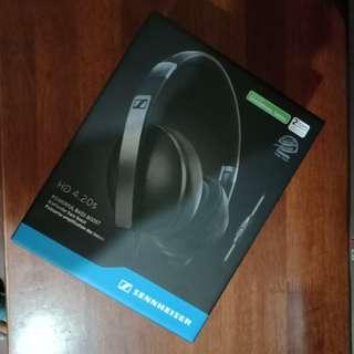 Sennheiser HD 4.20s Dynamic Stereo Headphones