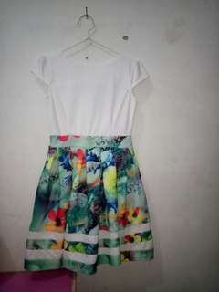Dress pendek bunga