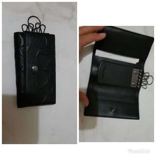 Coach Keys Wallet Signature Black and Embossed Black