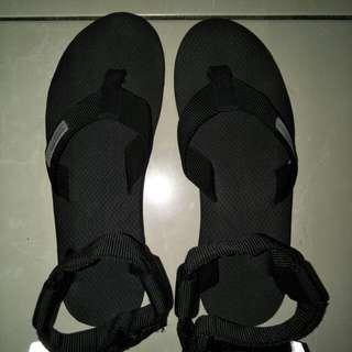 hijack sandals new