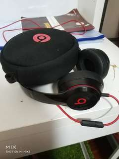 Beats Headphone Solo 2